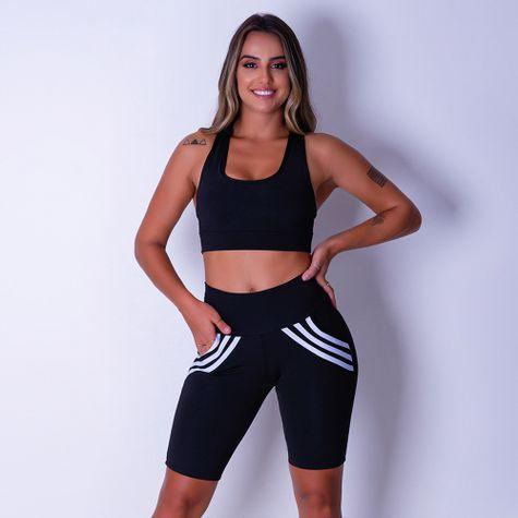 Bermuda-Fitness-Feminina-Com-Bolso-e-Listras-Brancas